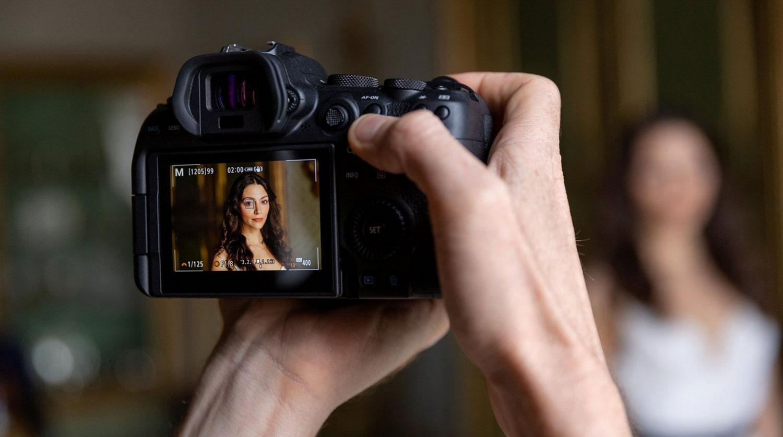 Canon EOS R6 hire